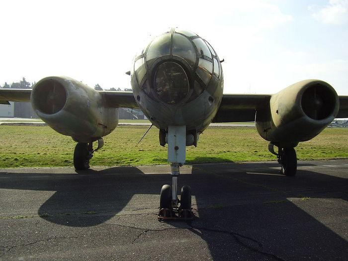 ИЛ-28 вид спереди