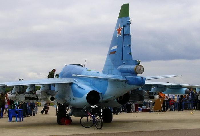 Су-39 сзади
