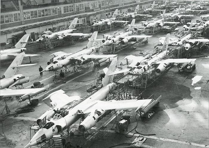 Як-28 производство
