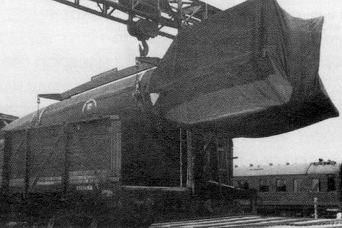 Выгрузка и транспортировка ракет Р-1
