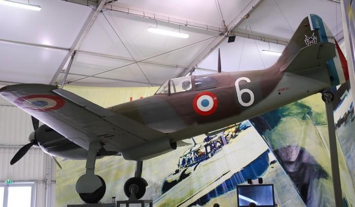 Самолет Девуатин д 520