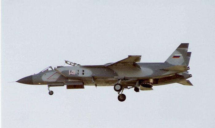 ЯК-141 полёт