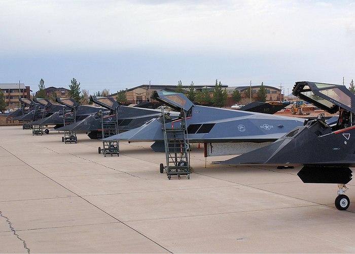 Самолёты Ф 117