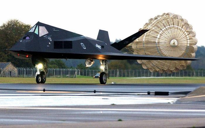 Ф-117 пасадка