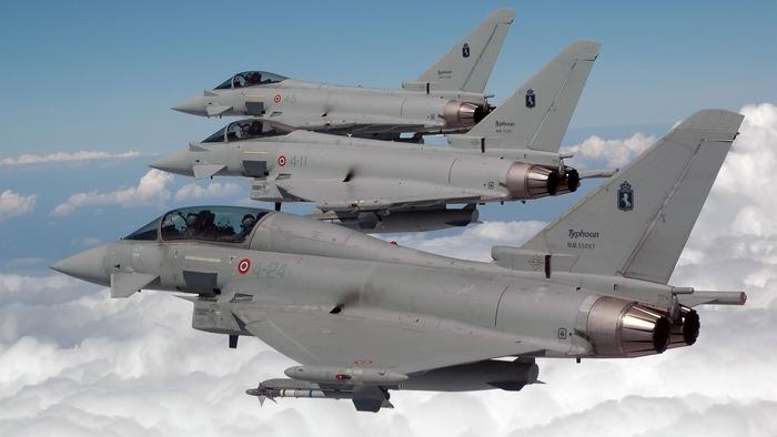 Британские истребители Тайфун
