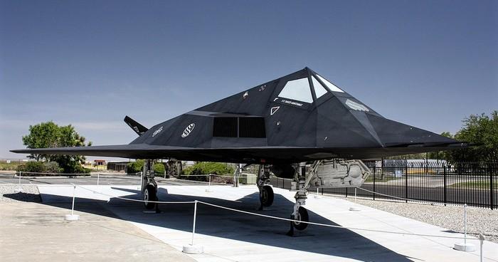 Lockheed f-117