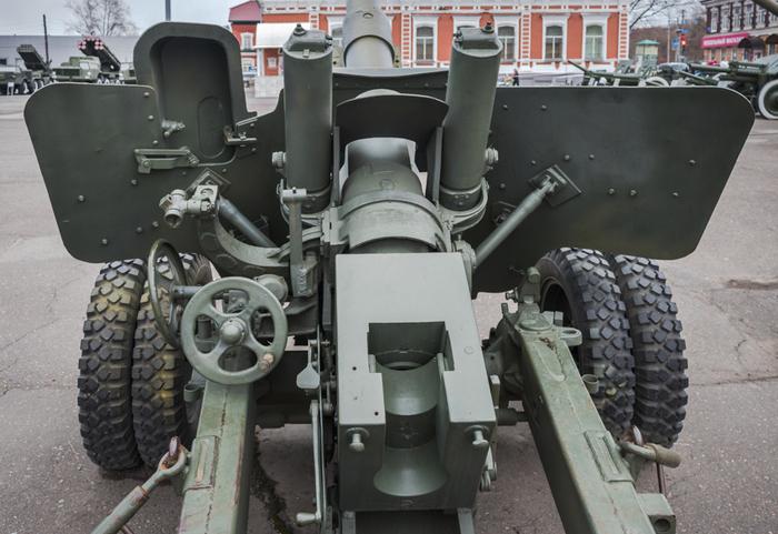 Пушка БС-3Н в Музее