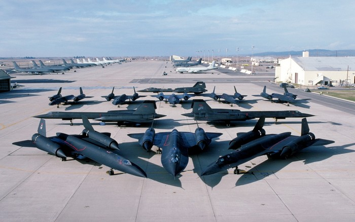 Самолет SR-71 фото