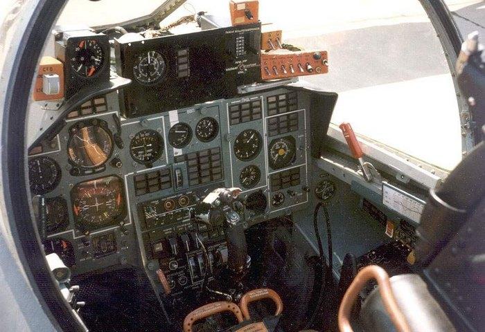 Як-141 Кабина пилотов