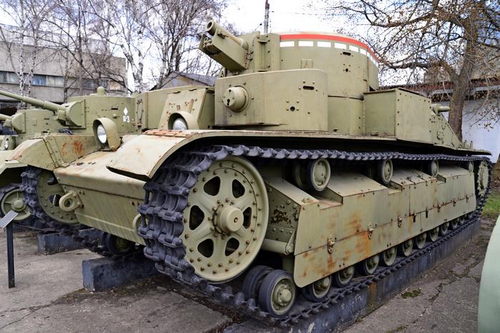 Т-28 танк фото