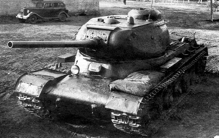 ИС-1 танк