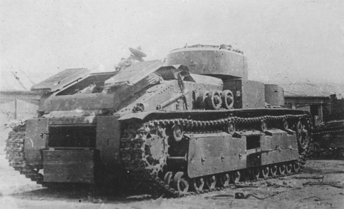 Советский танк т 28 сзади