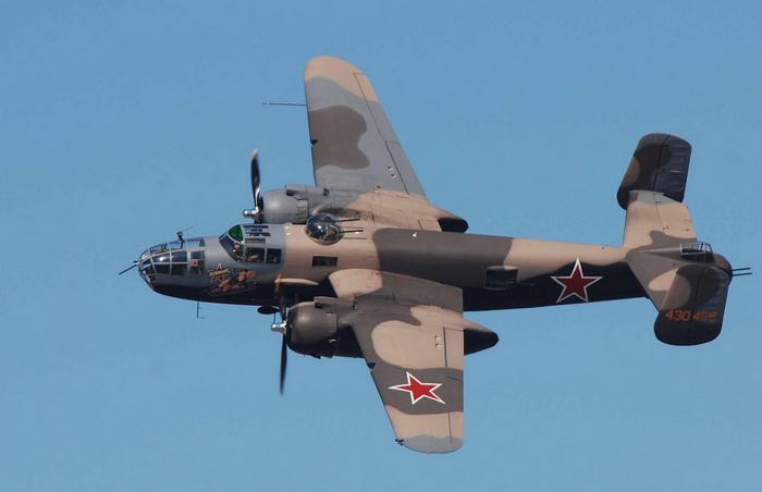 B 25 бомбардировщик