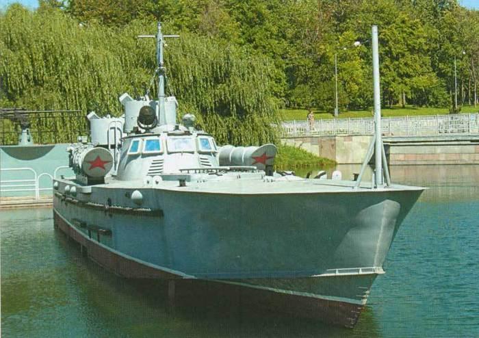 Торпедный катер Комсомолец
