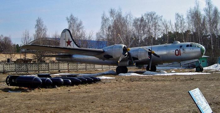 Ту-4 вооружение
