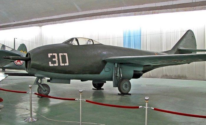 Миг-9 в музее