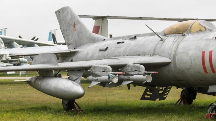 МиГ 19 вооружение
