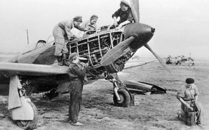 ЯК-1 женский истребительный полк